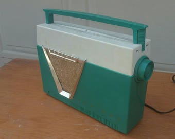 1957 Admiral AM portable radio model  4F28-N
