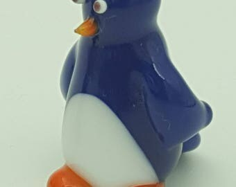 Jeeves, glass penguin, glass animal, glass figure,  miniature sculpture, glass menagerie