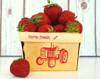 12 Small Wood Berry Baskets, PINT SIZE, With Farm Fresh and a Tractor Hand Stamped on One Side, Farm Theme Party, Country Wedding