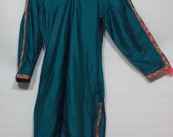 Ladies shiny green dress, and pants pakistan 2 pc suit  size M