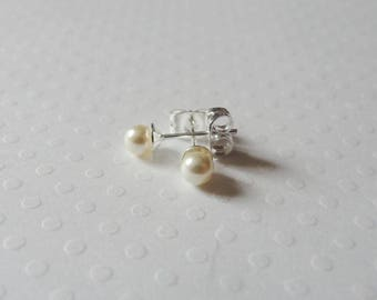 Wedding - bridal - earrings studs 925 sterling silver and 4mm ivory swarovski pearls