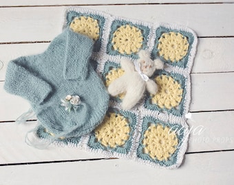 Stunning baby newborn girl set, crochet blanket, romper, tieback and bear toy, mint, sage, cream, yellow, Photo prop, RTS
