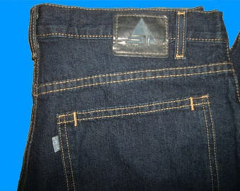 Levis Silvertab Low and Loose  33 W x 30 L