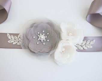 Taupe Ivory Flower Bridal Sash, Wedding Sash, Floral Sash, Taupe Flower Belt, Wedding gown sash, Wedding Dress, Formal Dress Sash, Lace sash