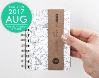 Weekly 2017 2018 pocket planner with high quality paper! Small Diary Calendar Kalender Kalenteri Day Journal Agenda - FUNNY FACES! August