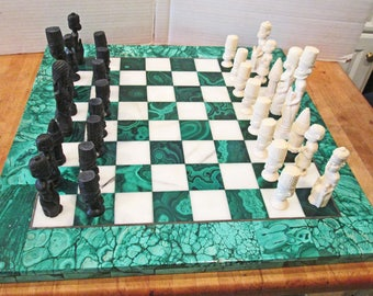 A fabulous vintage Malachite and Marble Chess Board with Africain Warriors Pieces c.1950s