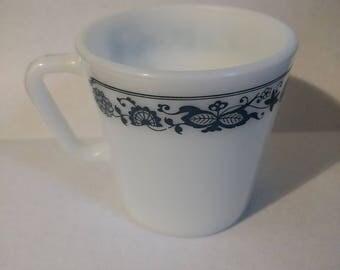 Vintage 1970's Pyrex Mug in Old Town Blue Pattern No. 1410