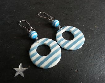 earring dangle rings bi-color blue and white
