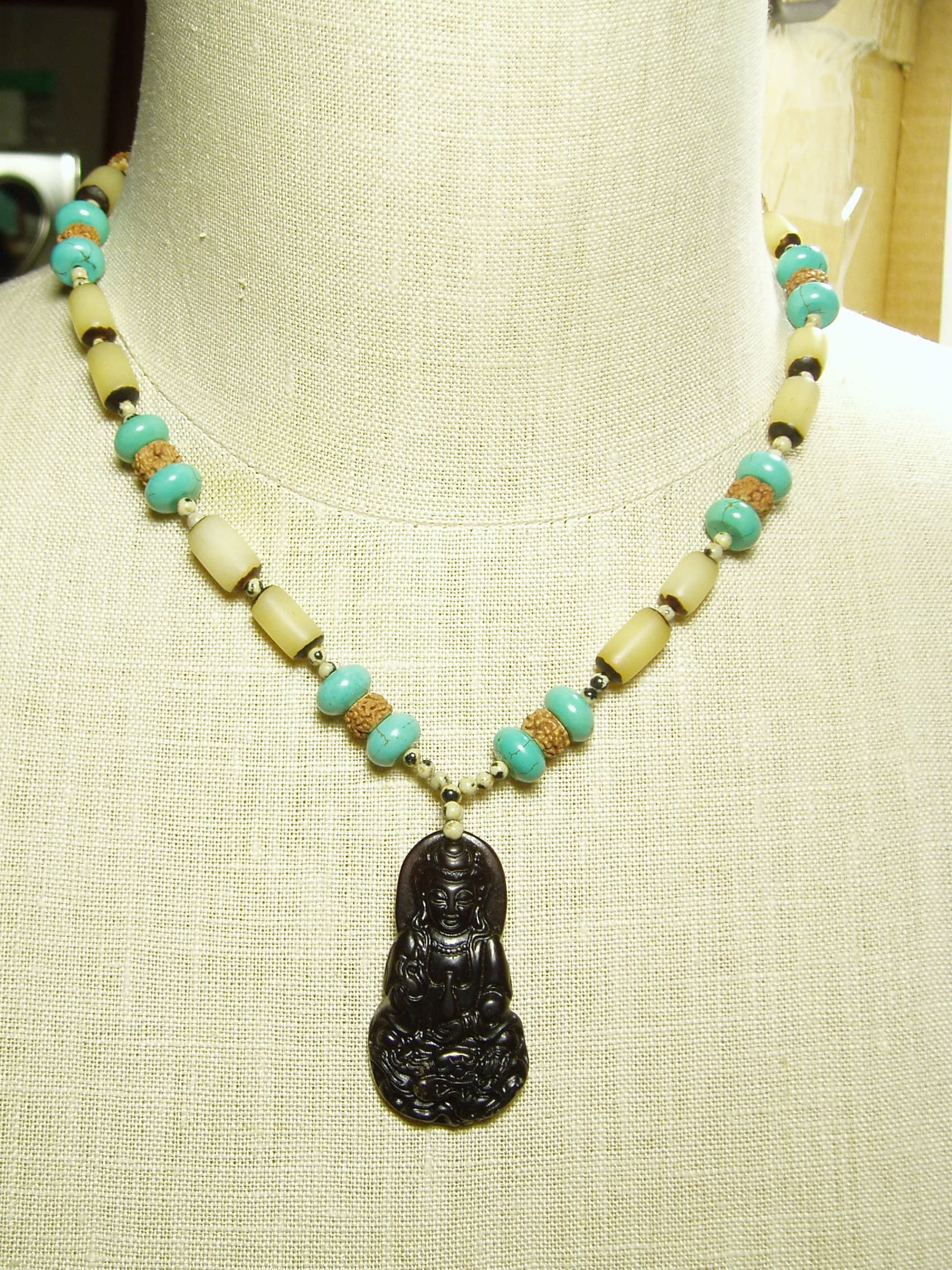 elephant chain pendant lovely vintage goldfilled carved necklace jade