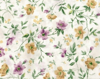 Vintage Pair Laura Ashley Twin Standard (2) Floral Pillowcases Mauve Yellow Green Flowers Cream Pillow Cases New Old Stock