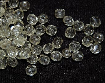 10 Bohemian beads round faceted 8mm Daffodil
