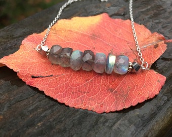 Labradorite Beaded Necklace / Labradorite Jewelry / Gemstone Necklace