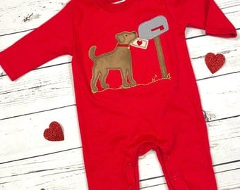 Valentines Boys Romper, Unisex, Boys Outfit Romper, Baby Boy Valentines Day Colors, Applique, Puppy Love