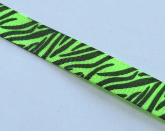 Pretty Green Ribbon with black tiger pattern