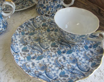 Lenox Snack Plates Blue Paisley Set of Four (4) Trays and Cups Vintage Dinnerware and Replacements