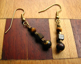 3590 -  Earrings Tiger Eye
