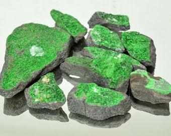 UVAROVITE Natural crystal garnet 90 grams specimen #10434 - RUSSIA