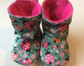 Baby boots, stay-put design, perfect for babywearing ladybirds PUL (showerproof) size 6-12 months