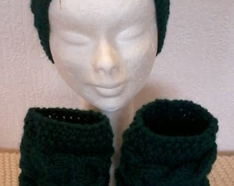 short leggings, leg warmers boot socks and headband matching dark green color