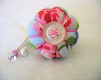 Pin Cushion Ring / Pin Cushion /Vintage Style Pincushion Ring in Pale Blue and Pink / Floral Pincushion / Retro Pincushion