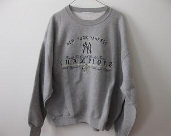 Vintage New York Yankees Sweatshirt Adult Mens Large Clubhouse Champions