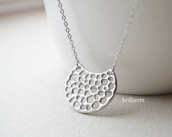Moon pendant necklace in silver, New moon necklace, Crescent, Geometric, Bridesmaid gift, Everyday necklace, Wedding necklace
