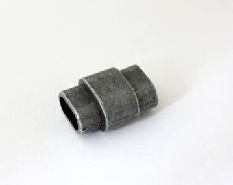 Magnetic clasp to stick matte gunmetal 20 x 14 mm