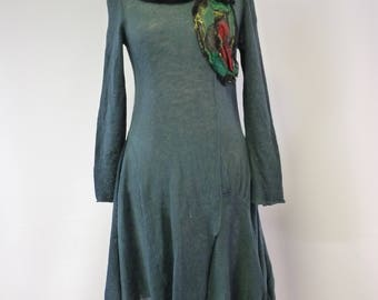 Artsy green linen dress with amazing felted decoration, L size.