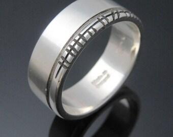 Personalized Ogham ring- Handmade in Ireland | Free shipping worldwide | Celtic Ogham Wedding Band