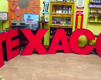 TEXACO Neon Sign -- over 13 Feet Long --- Made By Yesco Signs, Las Vegas NV  -- Needs to be Re-Electrified   --