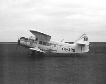Black and White Vintage Air Plane Print, Aircraft Wall Art, Vintage Plane Art, Black and White Plane Art Print