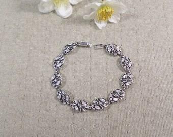 Beautiful Vintage Silver Tone Rhinestone Bracelet  DL#3104