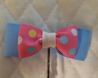 Pink and blue polka dot bobby pin