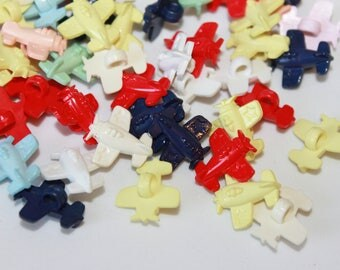 Aeroplane buttons, lot of 20 cute assorted color plane shape plastic shank buttons, children buttons, baby buttons, plane buttons, 15 mm