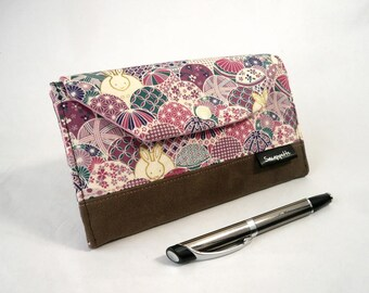 Woman's wallet, lilac purse, card holder, bag accessory