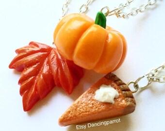 3 necklaces! Pumpkin necklace Maple leaf necklace Pumpkin pie necklace Thanksgivning necklace Thanksgiving jewelry Cute Autumn Food jewelry