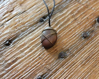 Hombre Wire Wrapped Rock Necklace, hemp and copper