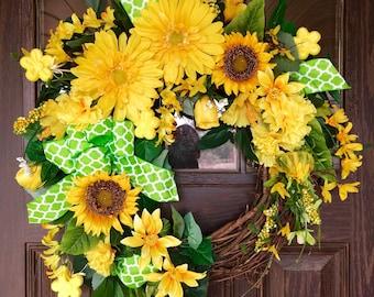 Yellow Wreath | Spring Wreath | Grapevine Wreath | Easter Wreath | Wreaths on Etsy | Etsy Wreaths
