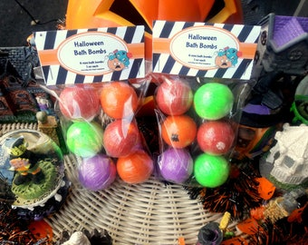 Closeout Sale Halloween mini bath bombs, mini bath bomb, bath bombs, bath bomb, party favors, bath bomb for kid, halloween gift, bath fizzy