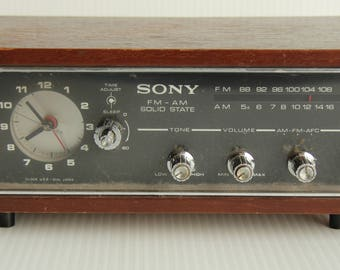 SONY FM-AM Solid State Radio -Model 8FC-55W