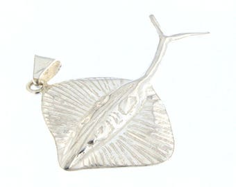 Sterling Silver Stingray Pendant Charm