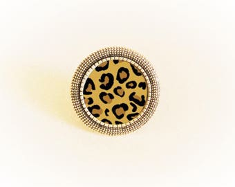 Adjustable silver ring and brown/black leopard print cabochon