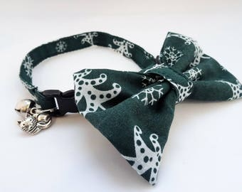 Christmas // Cat Collar optional bow // Green with white snowflakes & trees