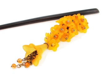 Hair stick in traditional japanese style with bouquet of frosted orange lucite flowers - kanzashi hair chopstick, hair pin - wooden or metal
