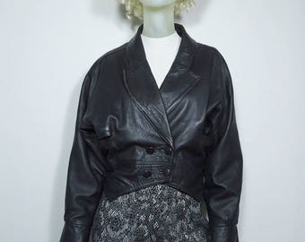 Beautiful leather double breasted jacket size 38