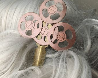 Steampunk Hair Stick, Steampunk Copper Gear Hair Clip, Industrial Gear Hair Pin, Steampunk Accessories, Steampunk Bridesmades Hair Accessory