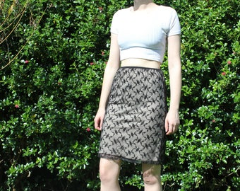 vintage lacy witchy pencil skirt from PRIMA size S/M