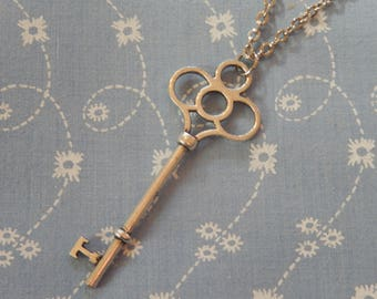 Silver Plated Key Pendant Necklace