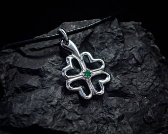 Clover Titanium Pendant. Titanium Jewelry. Exclusive and hand-made titanium jewelry. Titanium clover.Custome titanium pendant.Titanium luck