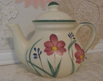 Vintage Laurentienne Teapot, Laurentian Teapot, St Jerome Canada, La Poterie Inc, Laurentian Pottery